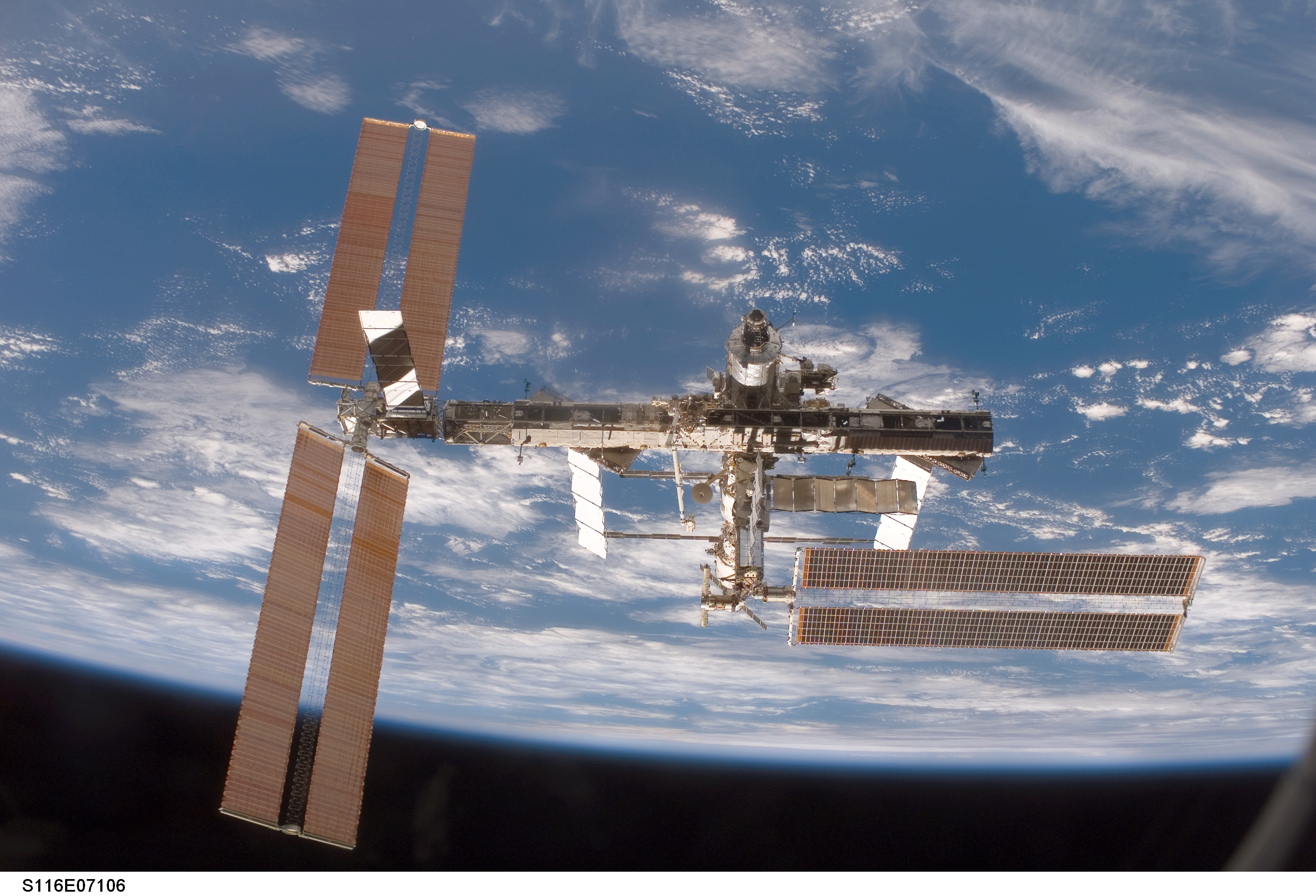 ISS-10